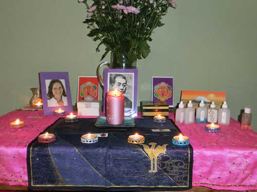 Reiki table